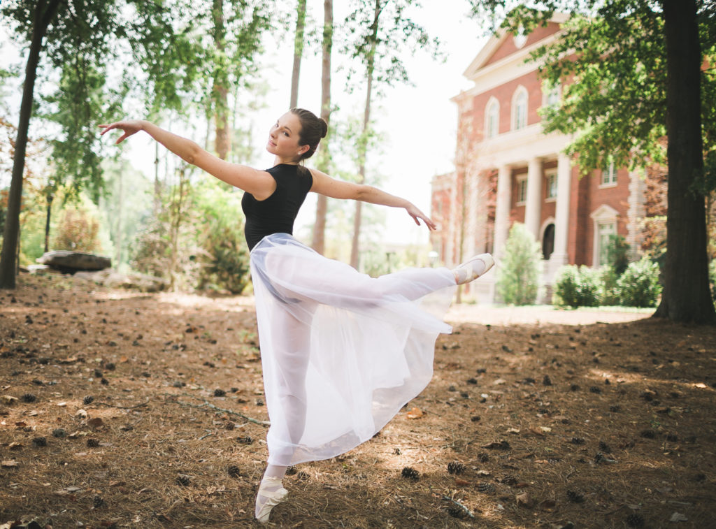 teenage ballerina senior photos dancing outside