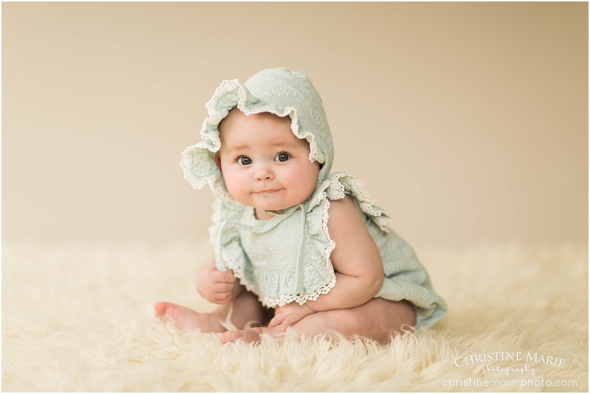 3c046ce84 5 month old baby girl with her mama ~ milestone baby sessions ...